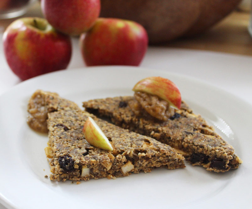 Raw Vegan Apple Cinnamon Raisin Bread