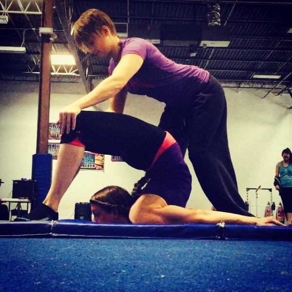 pre flexibility challenge chest stand