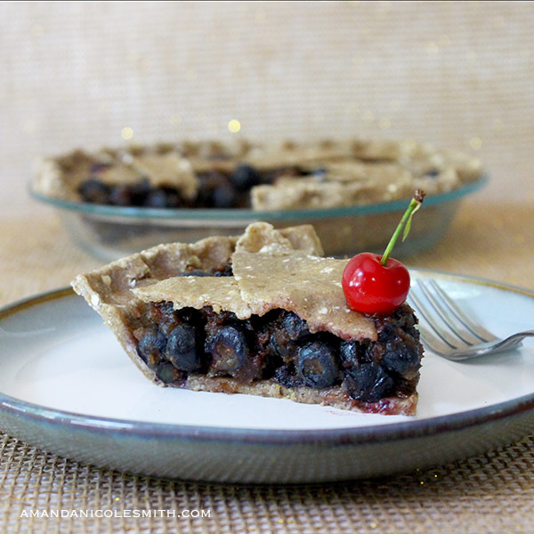 raw-vegan-blueberry-pie-fg