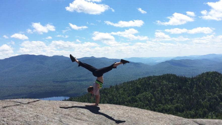 Handstand Split - Flexible Strength