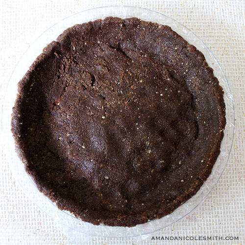 Raw vegan pecan crust