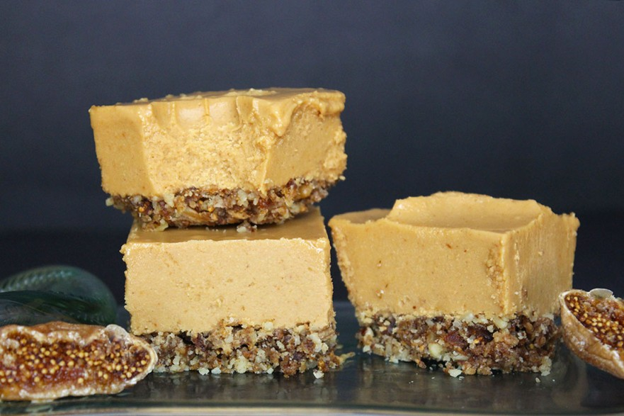 Raw Vegan Peanut Butter Fig Bars