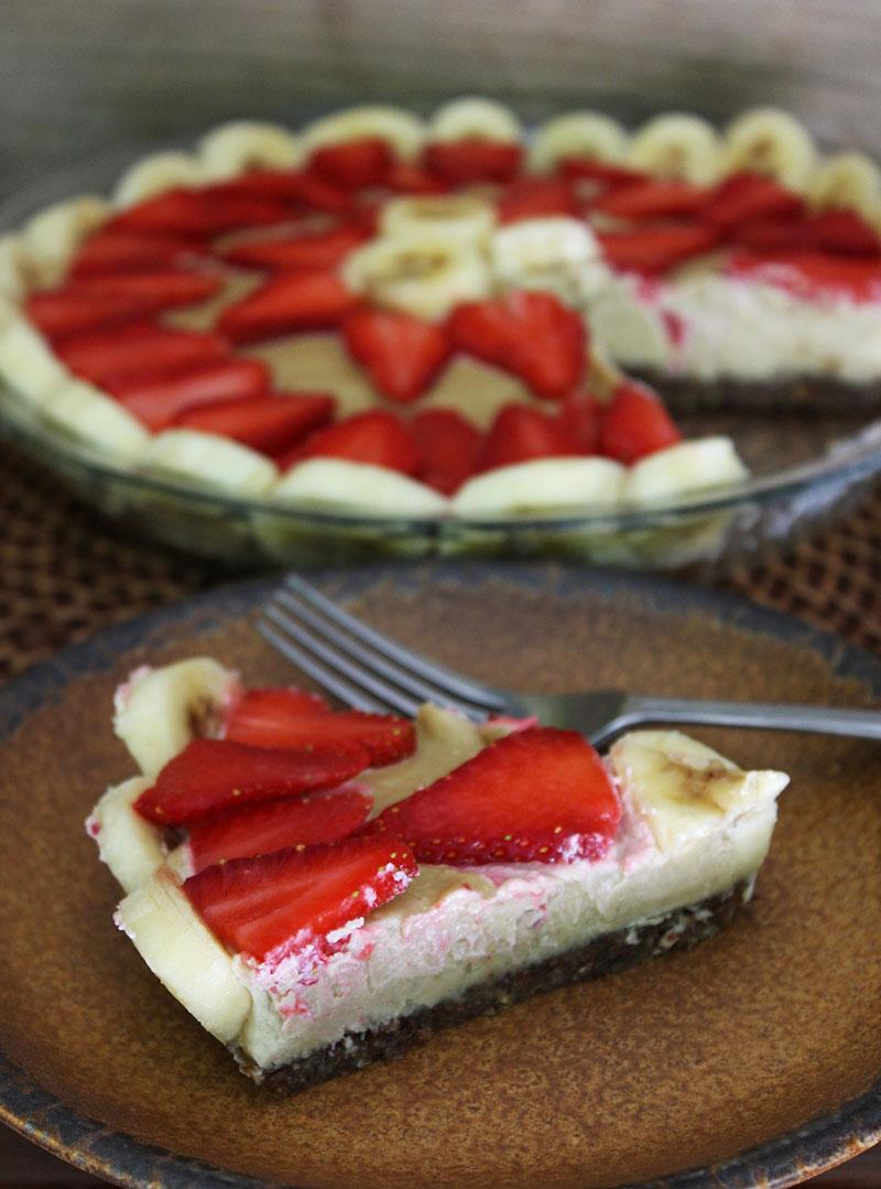 Raw Vegan Strawberry Banana Cream Pie