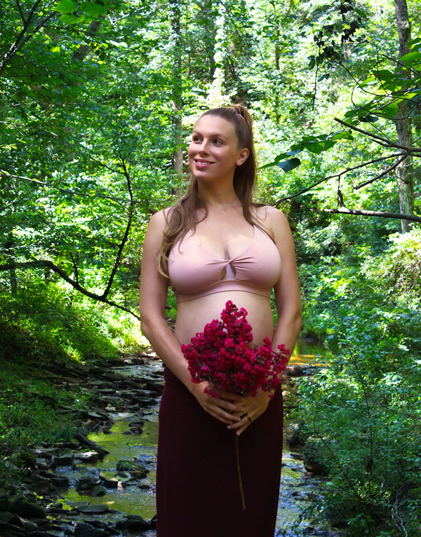 Nature Maternity Photoshoot