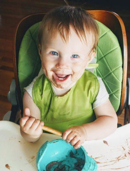 10 month old eating raw vegan pudding